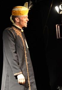Mutan Curry himself