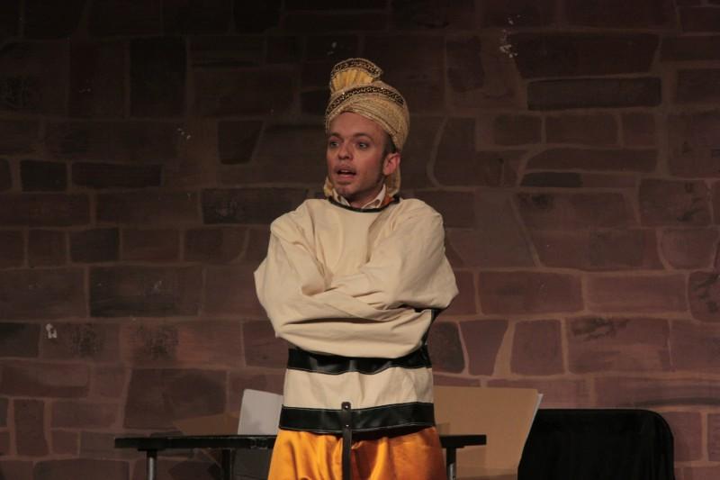 Zauberer aus Indien Mutan Curry zaubert